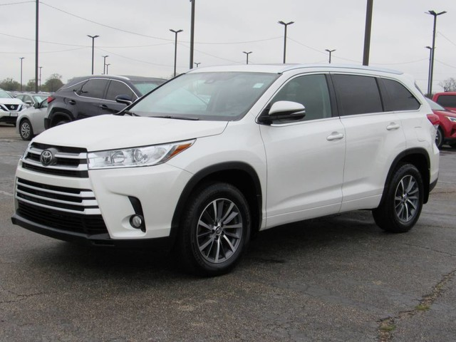 Toyota Highlander All Wheel Drive Suv Pre Owned 2017 Xle